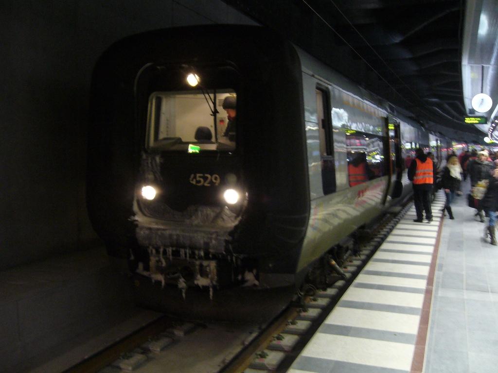 SJ X31K 4329, Malmö Centralstation, 2010-12-12. Photo Tommy Rolf Nielsen Martens