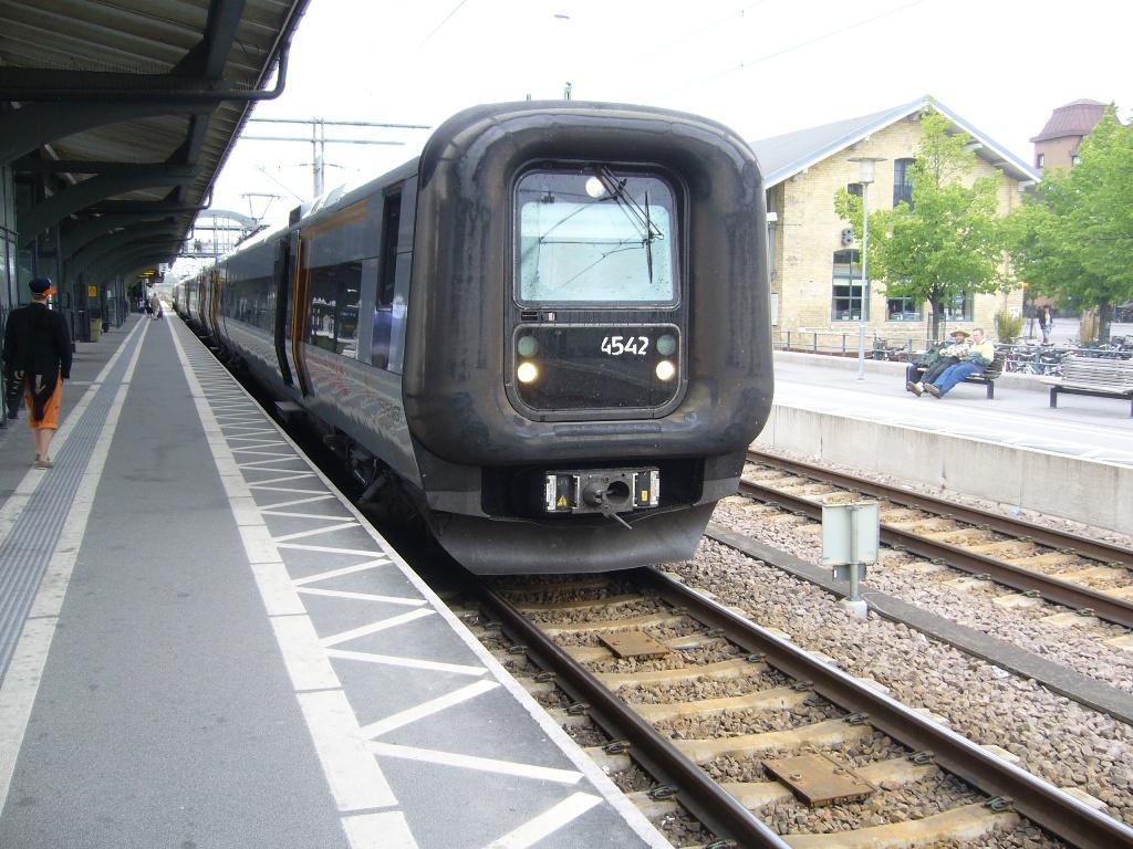 DSB ET 4342, Lund, 2011-05-14. Photo Tommy Rolf Nielsen Martens