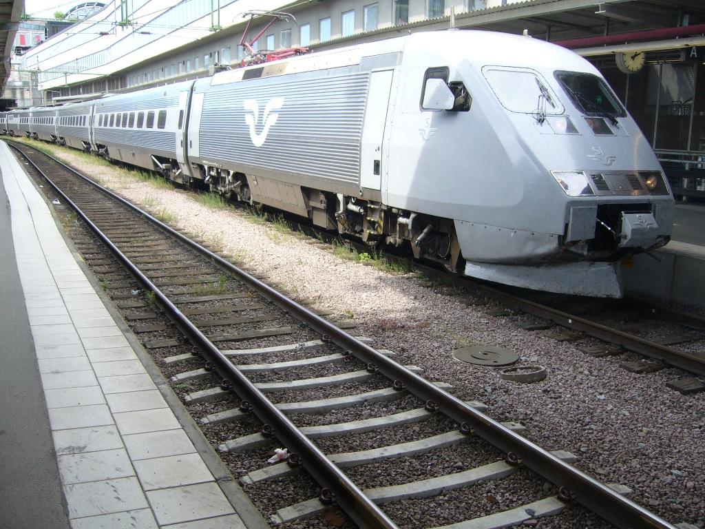 SJ X2 2019, Stockholm Centralstation, 2011-07-12, Photo Tommy Rolf Nielsen Martens