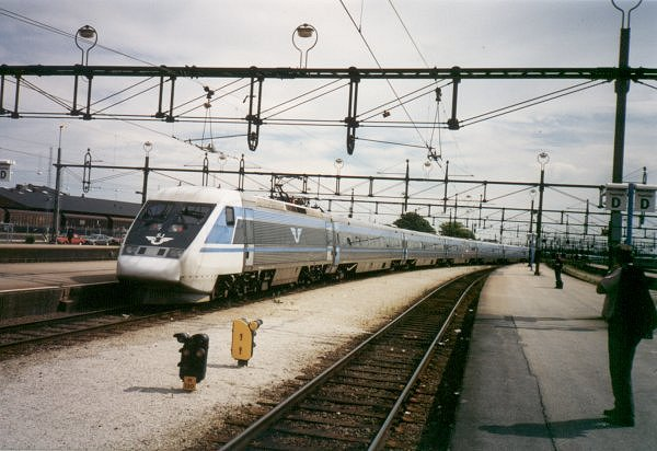 SJ X2 2032, Malmö Centralstation, 2000-07-04, Photo Tommy Rolf Nielsen Martens